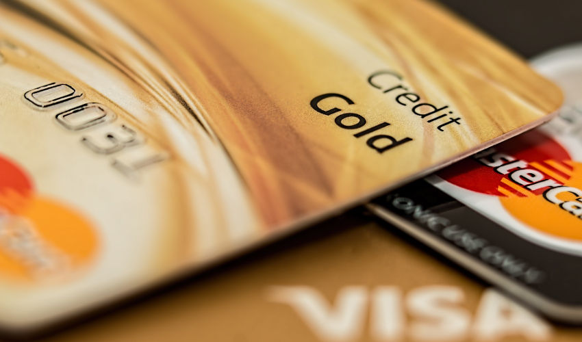 Beli Tas Anyam Berkualitas dengan Cicilan Kartu Kredit